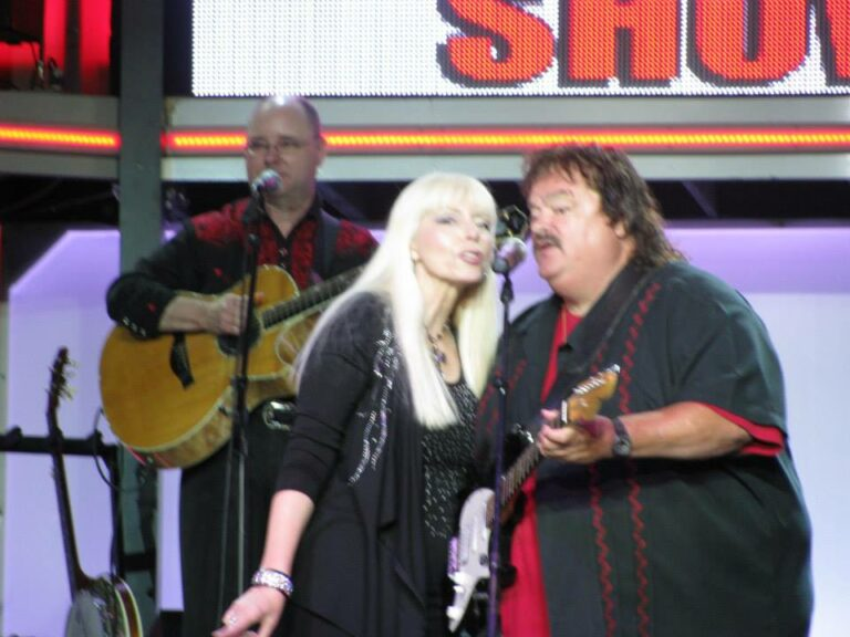 Miss Sheila and Steve sing a song